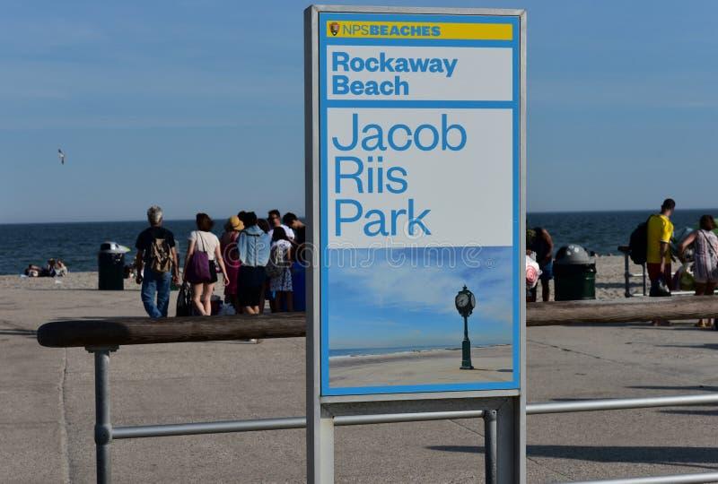 Reinas de la playa del parque de los riis de New York City Jacob de la partida imagenes de archivo