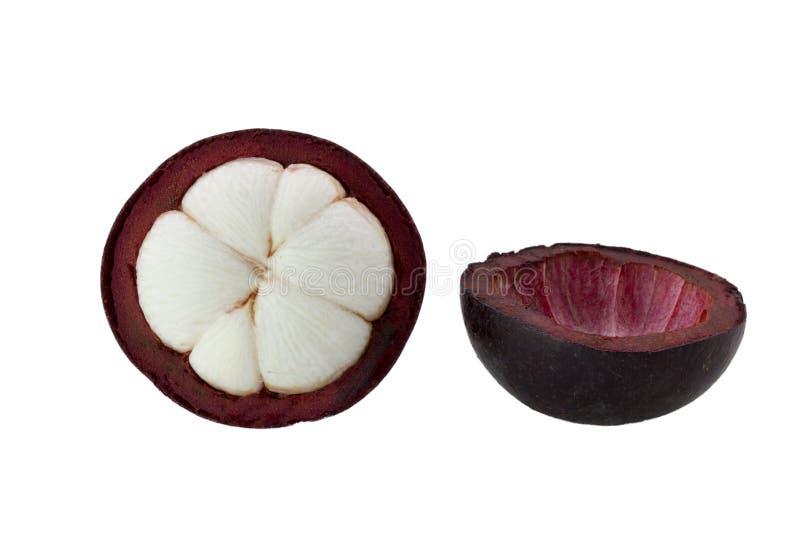 Reine de mangoustan des fruits d'isolement sur le fond blanc, demi mangoustan photo libre de droits