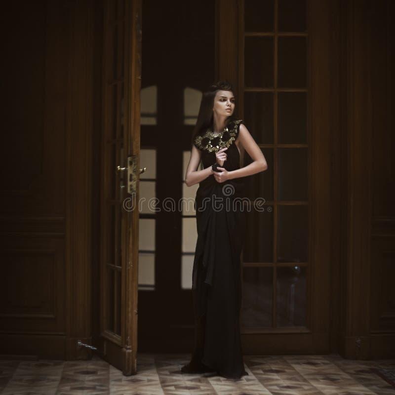 Reine. Femmes de mode photographie stock