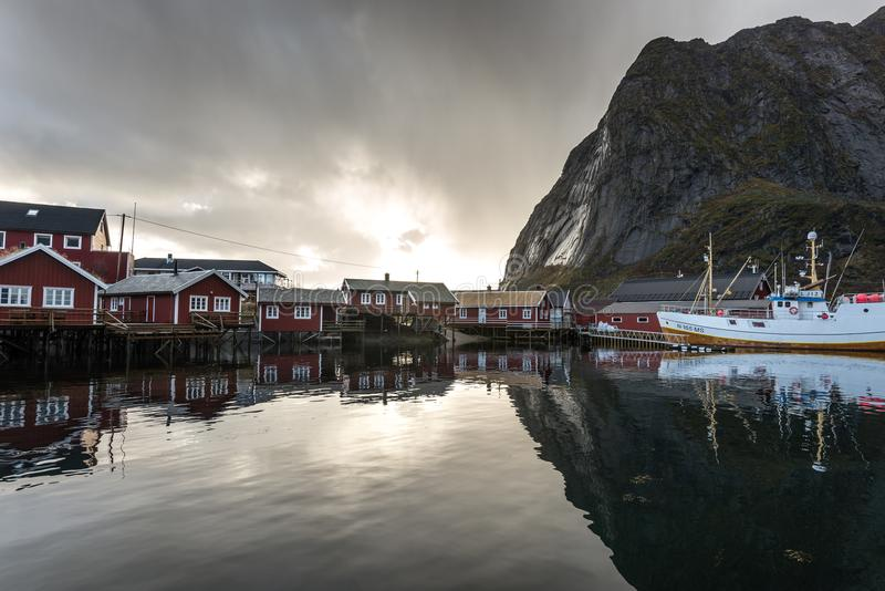 Reine Lofoten Norway Fisher Town lizenzfreies stockfoto