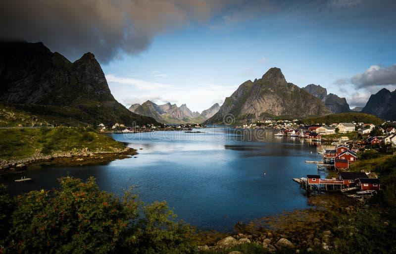 Reine Norge landskap arkivbild