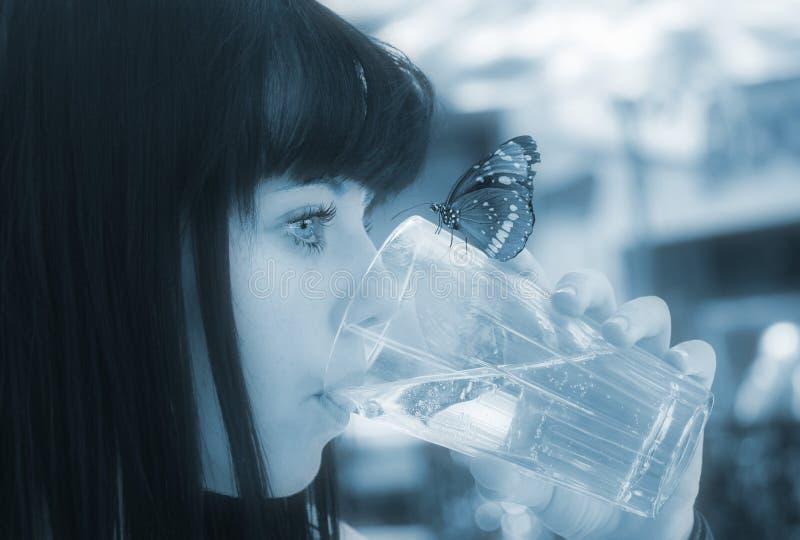 Reines sauberes Süßwasser lizenzfreies stockfoto