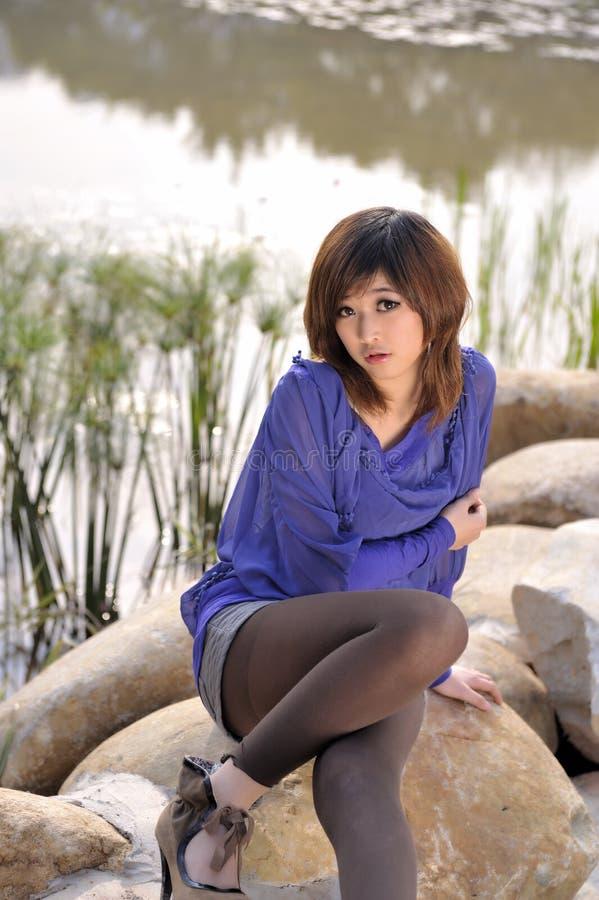 Reines schönes asiatisches Mädchen stockfoto