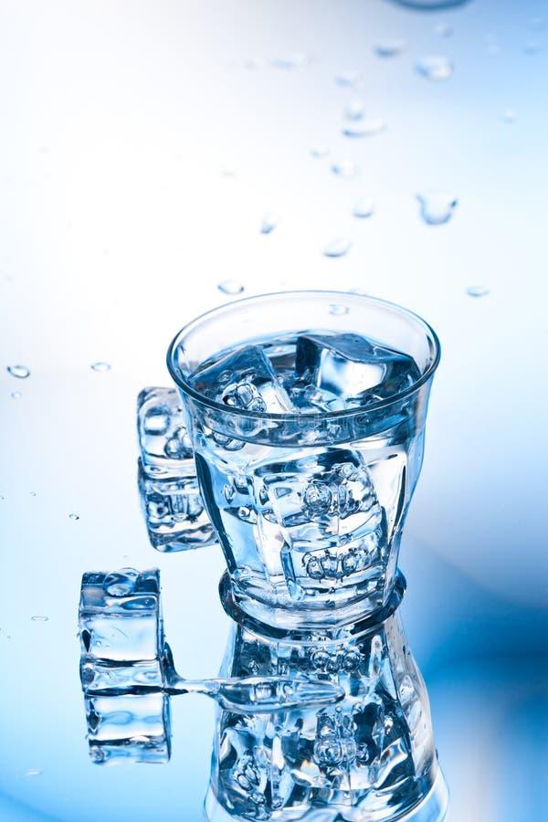Reines Wasser lizenzfreie stockfotografie