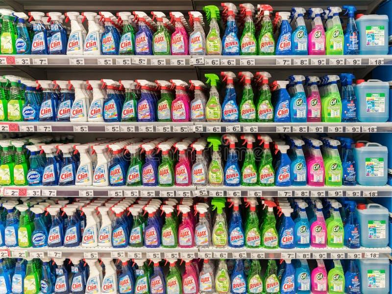 Reinigungs-Reinigungsmittel auf Supermarkt-Stand lizenzfreies stockfoto