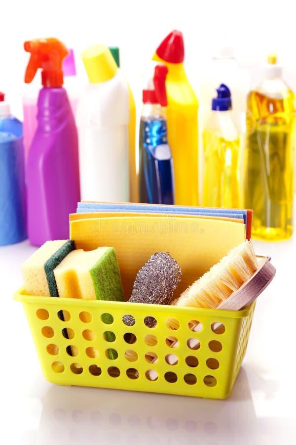 Download Reinigungsmittelnahaufnahme Im Korb Stockbild - Bild von nahaufnahme, haus: 27731305