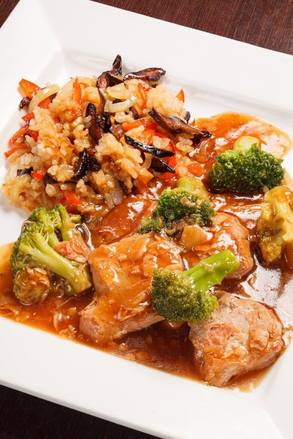 Download Reis stockfoto. Bild von brokkoli, curry, mahlzeit, schüssel - 26374402