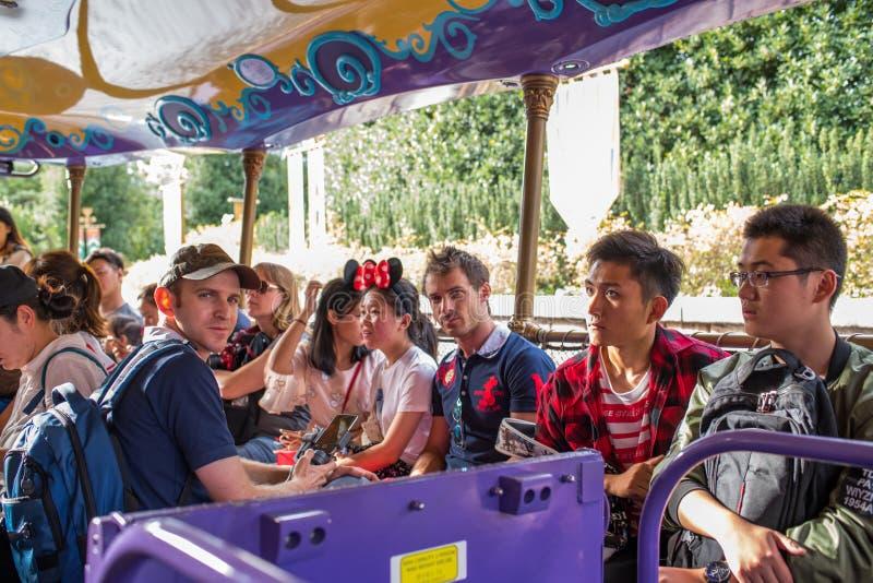 Reis aan Crystal Grotto in Shanghai Disneyland stock afbeelding