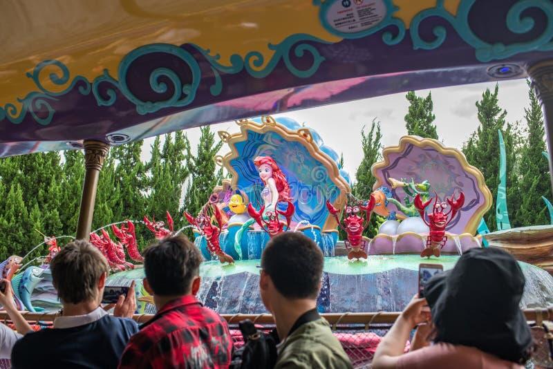 Reis aan Crystal Grotto in Shanghai Disneyland stock foto's