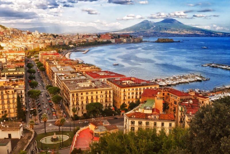 Reis in Italië Baai van Napoli stock foto's