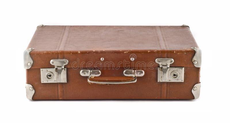 Reis - ouderwetse gekraste koffer (boomstam) stock afbeeldingen