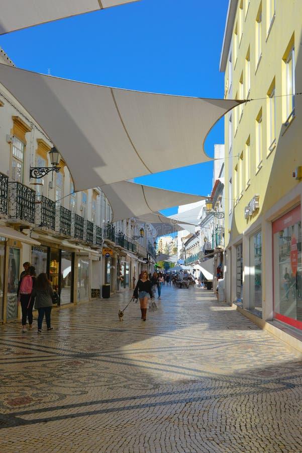 Reis Portugal, de Historische Gebouwen Van de binnenstad van Faro, Mediterrane Architectuur royalty-vrije stock foto's