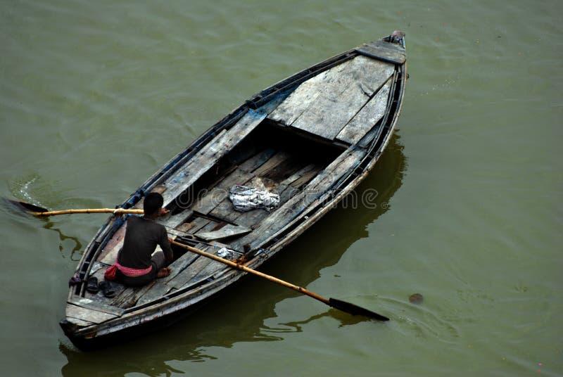 Reisboot in Varanasi, India stock foto's