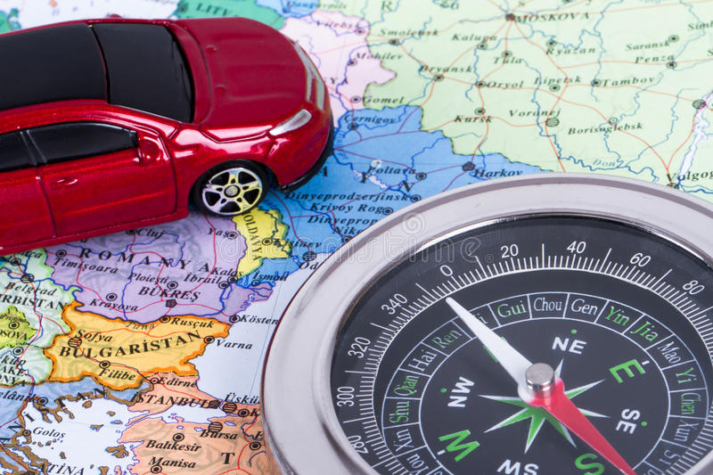 Reise-Konzept mit Kompass lizenzfreie stockfotografie