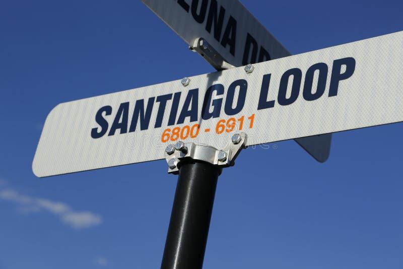 Reise nach Santiago! Santiago-Straßenschild für Chile! stockbilder