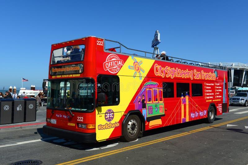 Reisebus in San Francisco, Kalifornien stockfotos