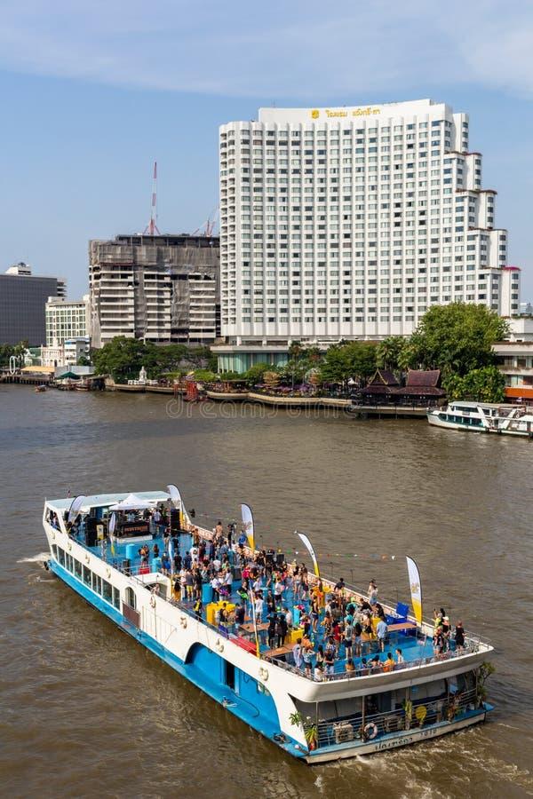 Reisegruppeboot Bangkok Thailand stockbilder