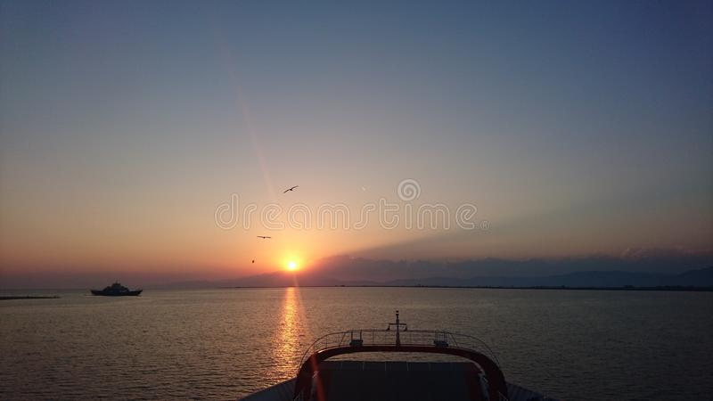 Reisen mit Schiff zu Thasos stockfotografie
