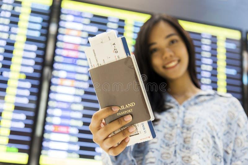 Reiseshowpaß und -karte asiatischer Dame Goto- lizenzfreie stockbilder