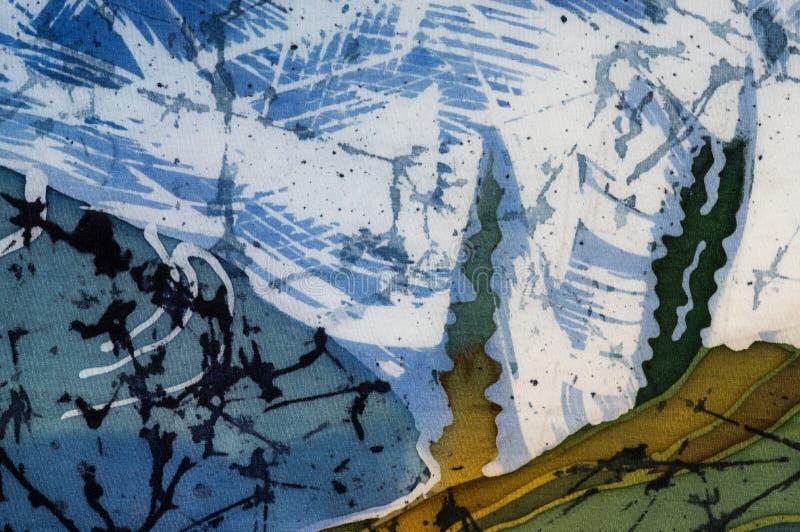 Reisterrassen, Landschaft mit Bergen, Fragment, heißer Batik, handgemachte Kunst auf Seide stock abbildung