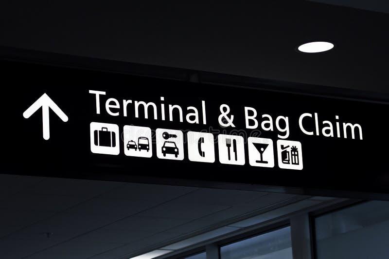 Reivindicação do terminal e do saco fotos de stock royalty free