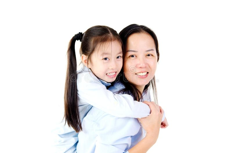 Reizende asiatische Familie lizenzfreies stockfoto