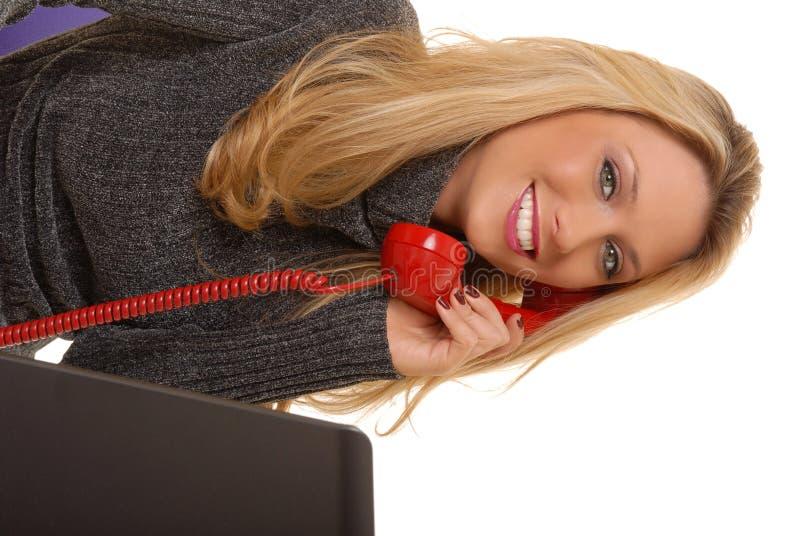 Reizende Geschäftsfrau stockfoto