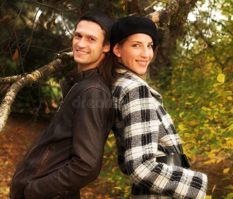 Reizende Paare stockfotografie