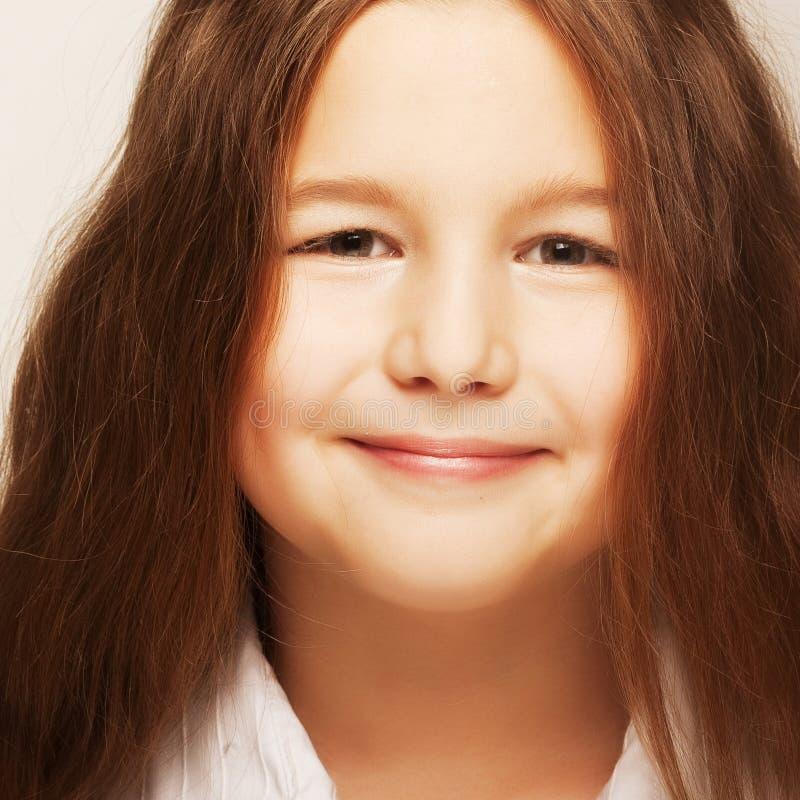 Reizendes kleines Mädchen stockfoto