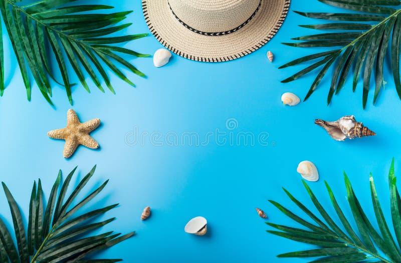 Reizigerstoebehoren, reeks, de zomerachtergrond Overzees concept royalty-vrije stock afbeeldingen