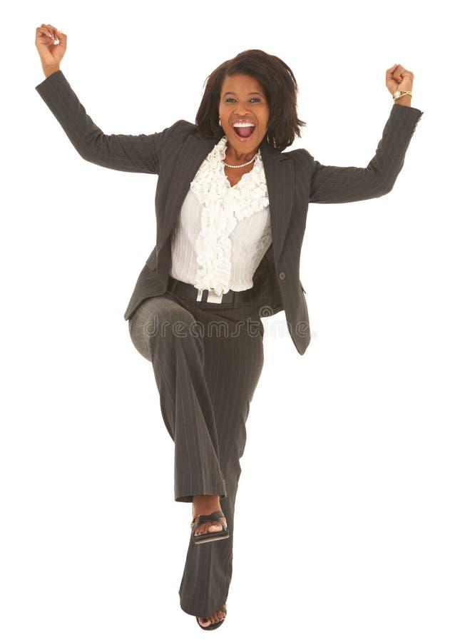 Reizvolle afrikanische Geschäftsfrau lizenzfreie stockfotos