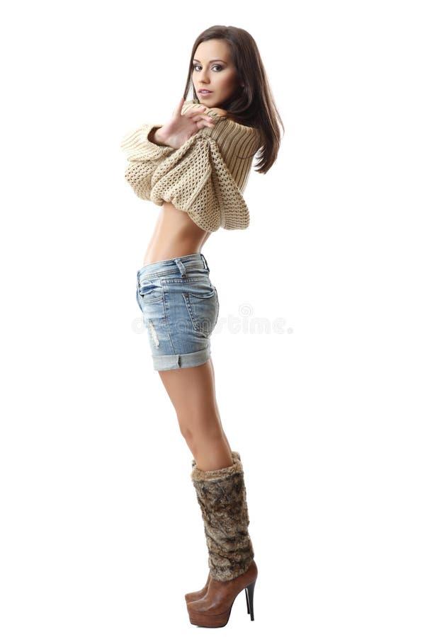 Reizvolle Frau zeigen ihre dünne Taille lizenzfreies stockbild