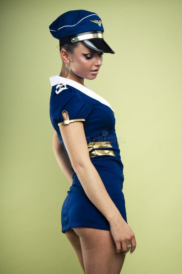 Reizvoller junger Luft Stewardess lizenzfreie stockbilder