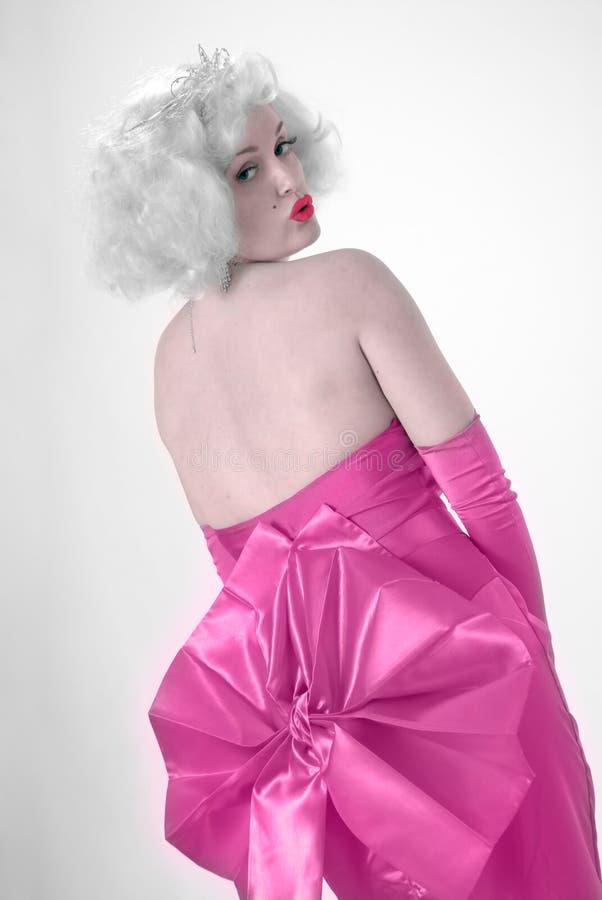 Reizvoller Marilyn-Imitator lizenzfreie stockfotos