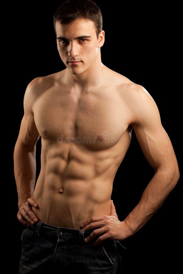 Reizvoller muskulöser Mann stockfotos