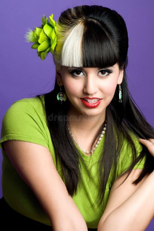 Reizvolles asiatisches Mädchen stockbild