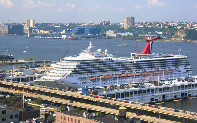 rejs dopłynęli miasto nowy York statku portu obraz stock