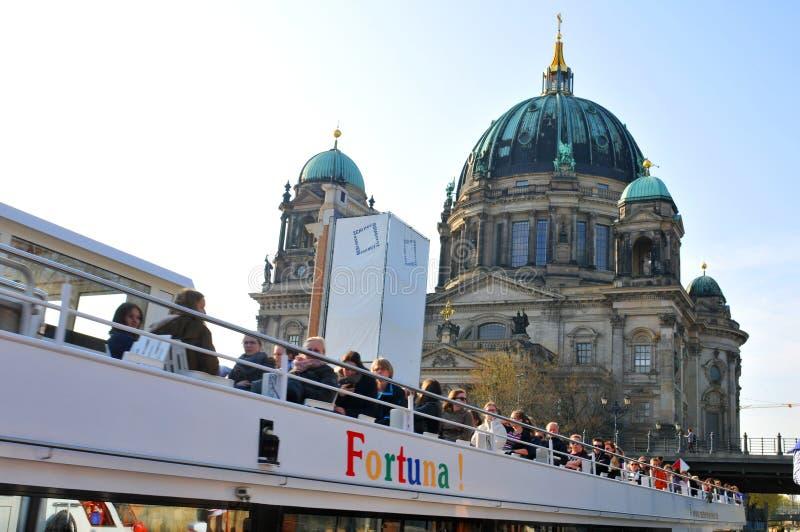 Rejs na rzecznym bomblowaniu w Berlin zdjęcia royalty free