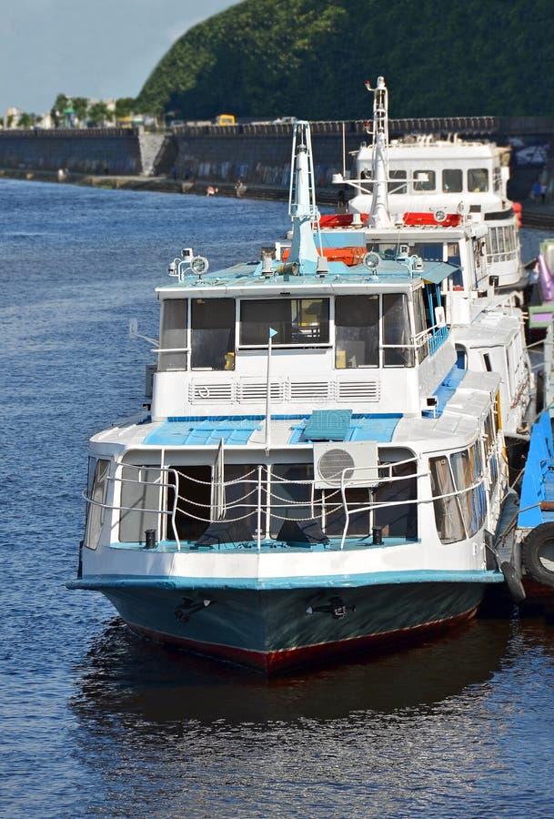 Download Rejs podróży statek zdjęcie stock. Obraz złożonej z zatoka - 28963694