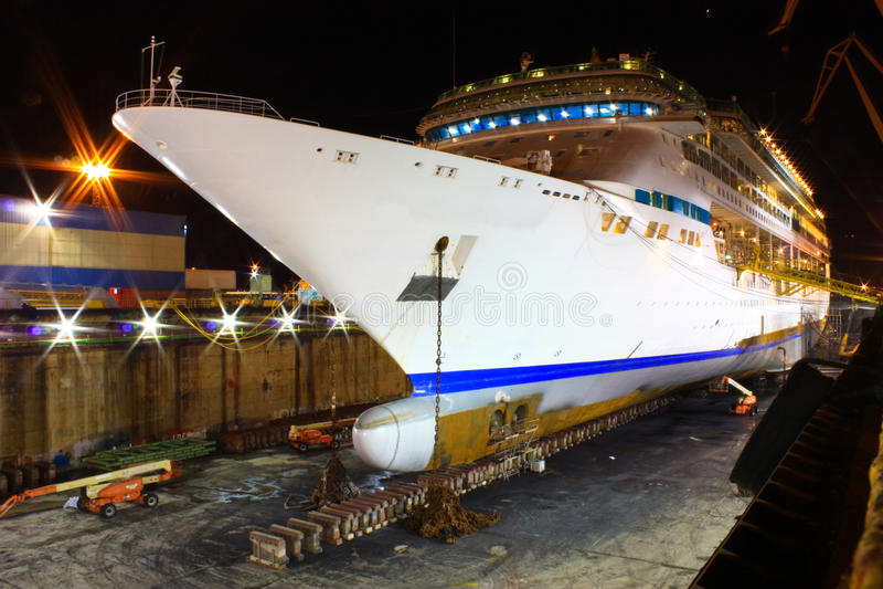 rejsu doku suchy ogromny statek zdjęcie stock