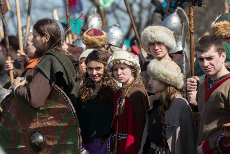 Rekawka - Poolse die traditie, in Krakau op Dinsdag na Pasen wordt gevierd stock fotografie