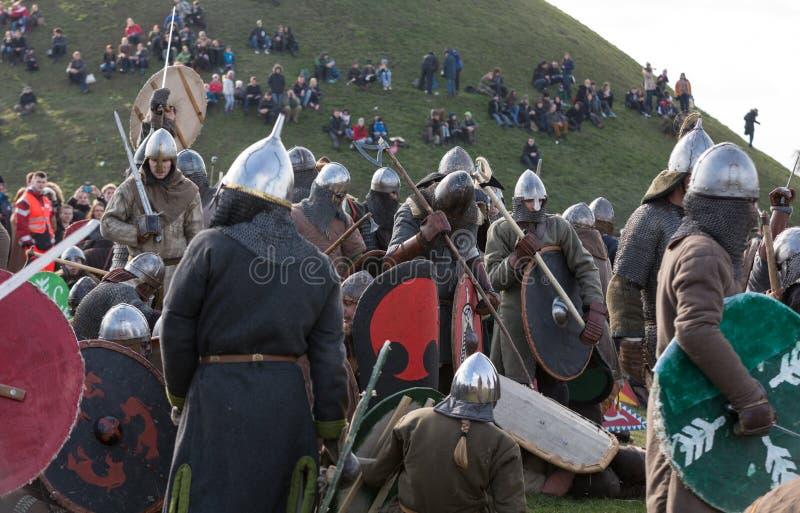 Rekawka - Poolse die traditie, in Krakau op Dinsdag na Pasen wordt gevierd royalty-vrije stock fotografie