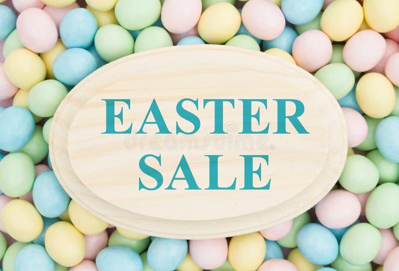 Reklama dla Wielkanocnej sprzedaży zdjęcie stock