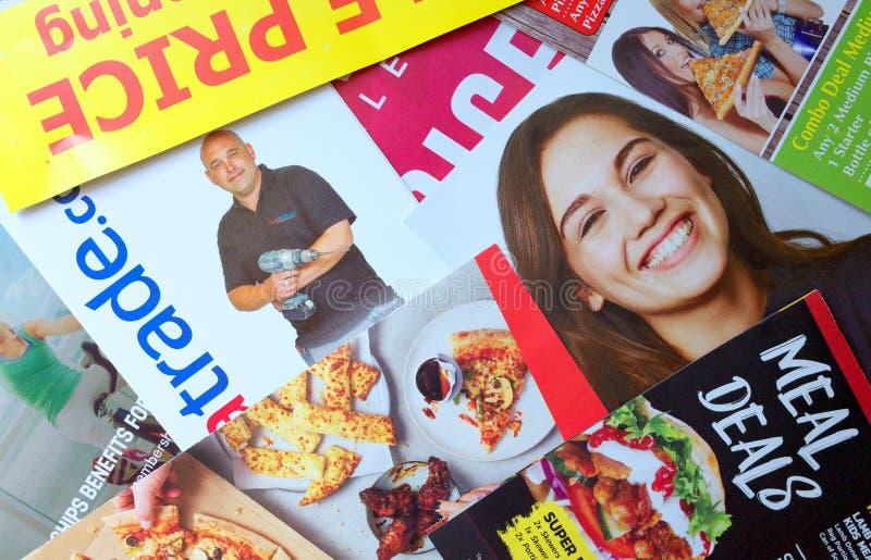 Reklamblad och broschyrer för direkt post arkivfoto