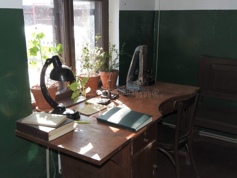 Rekonstruktion av arbetsplatsen av stationschefen av det sent - århundrade för th 19 arkivfoton