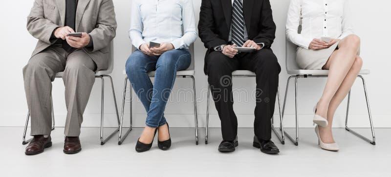 Rekrytering som rekryterar rekryt som hyr hyra - begrepp royaltyfri bild