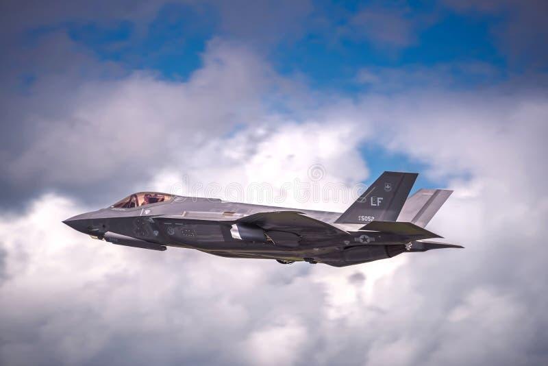 Relámpago II de Lockheed Martin F-35 en un Airshow en el Reino Unido foto de archivo