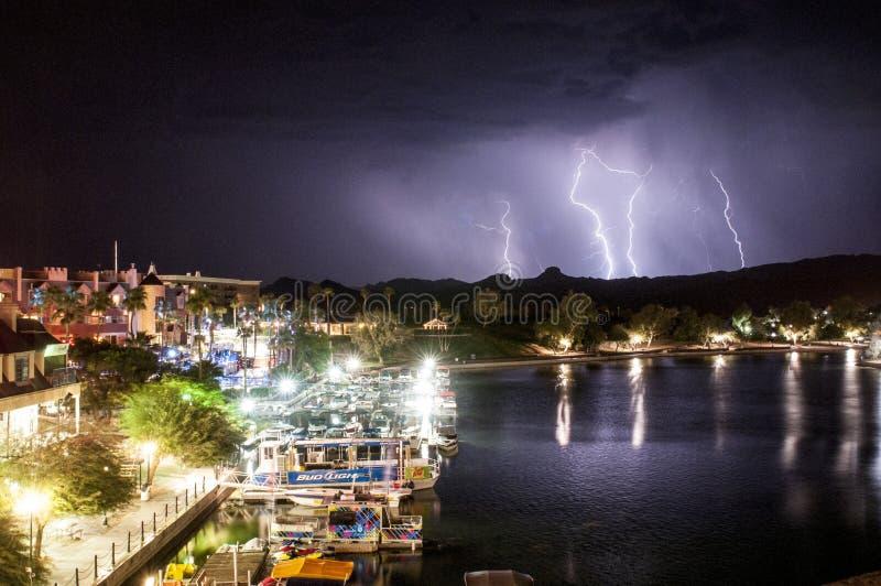 Relâmpago de Lake Havasu imagem de stock