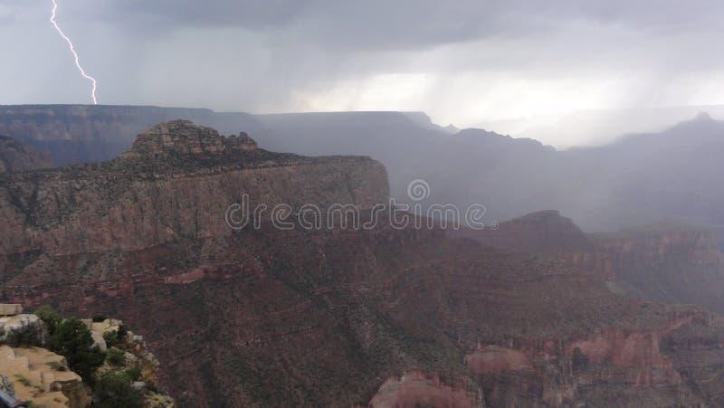 Relâmpago em Grand Canyon fotos de stock