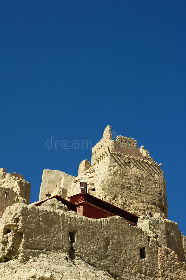 Relíquias de um castelo tibetano antigo fotografia de stock